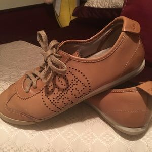 💯 authentic soft glove leather Tory Burch shoes
